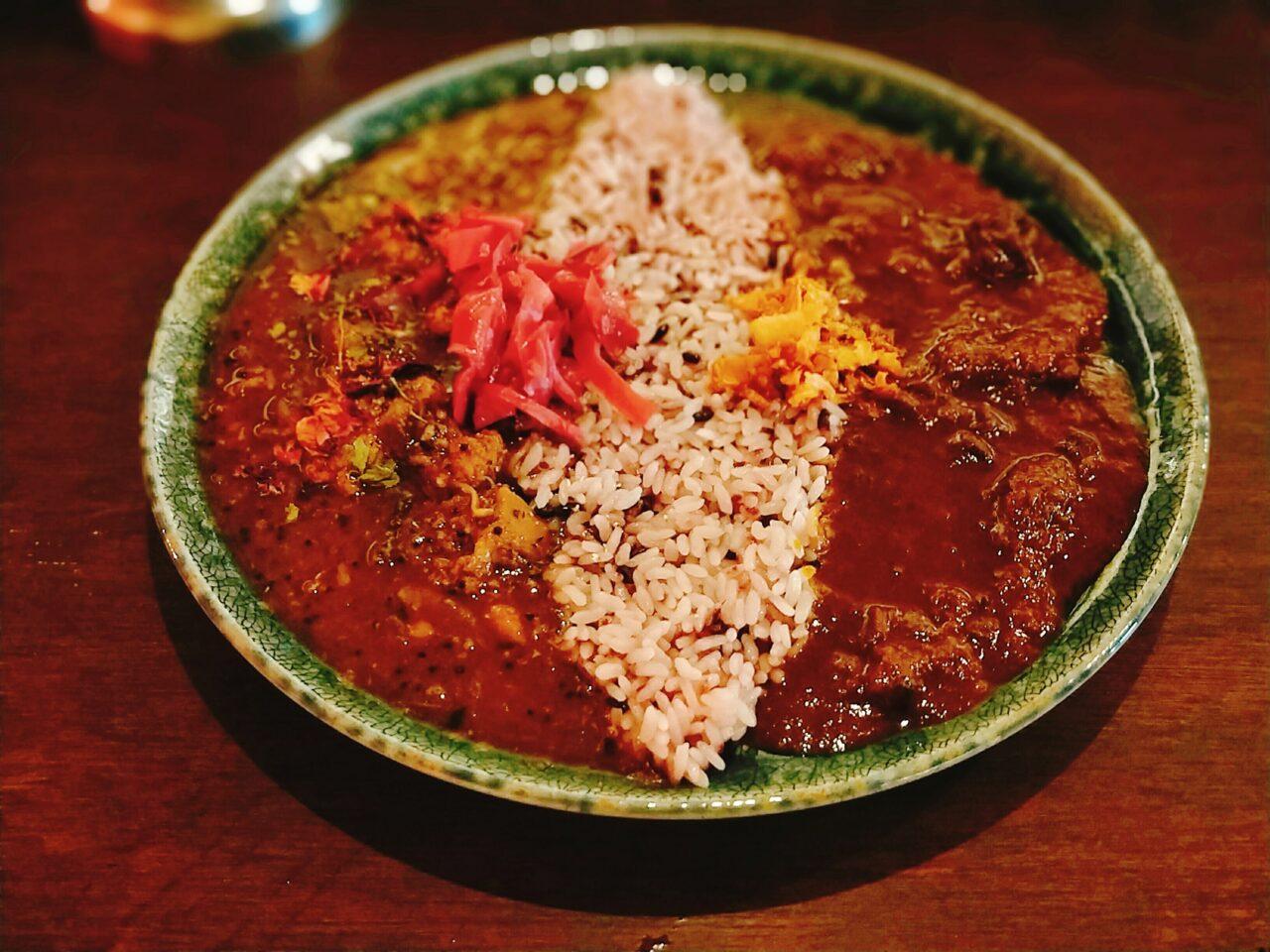 curry bar nidomi(谷町四丁目駅・スパイスカレー)