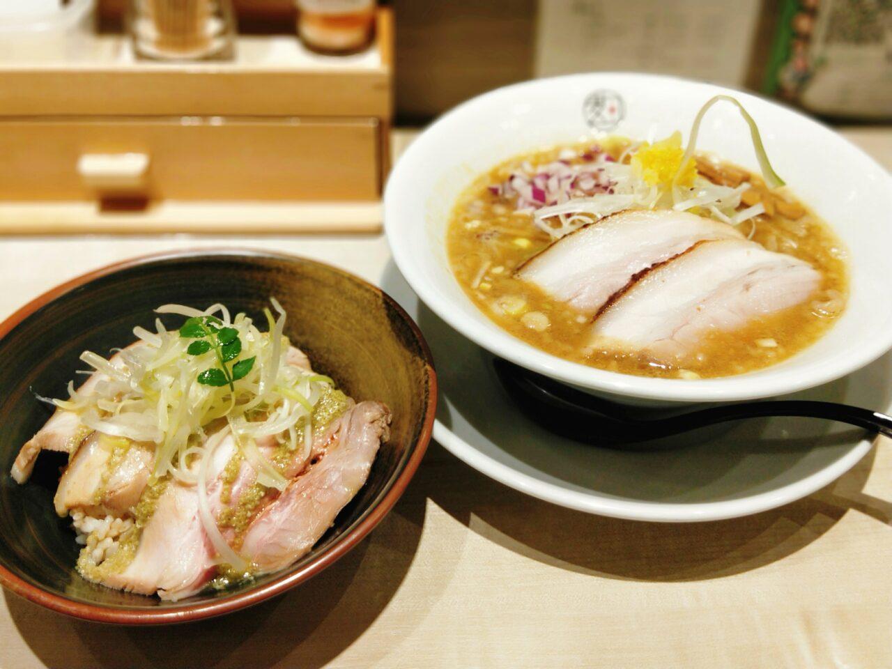 味噌ヌードル 麹(淀屋橋駅、北浜駅・味噌ラーメン)
